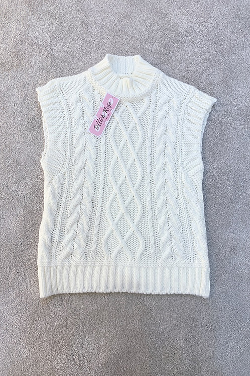 LOUISA Cream Chunky Knit Sleevless Jumper