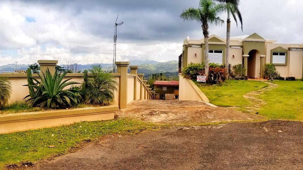 Caguas, Urb. Villas de Oro