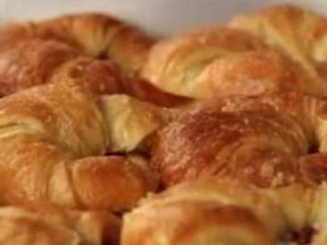 Egg Croissant w/ Options