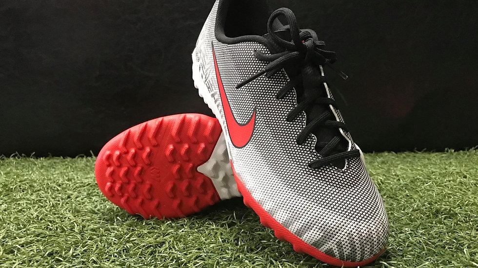 Nike Jr Superfly 6 Academy NJR Turf