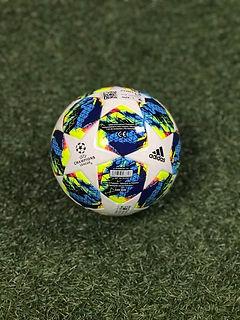 2020 Adidas Mini Ball Champions League.j