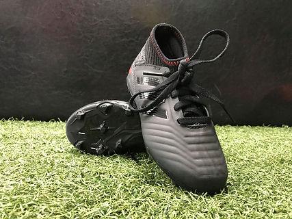 Adidas Mini FG (Black_RED).jpg
