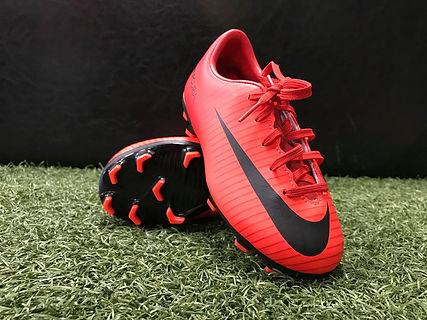 Nike Mini FG (Red_Black).jpg