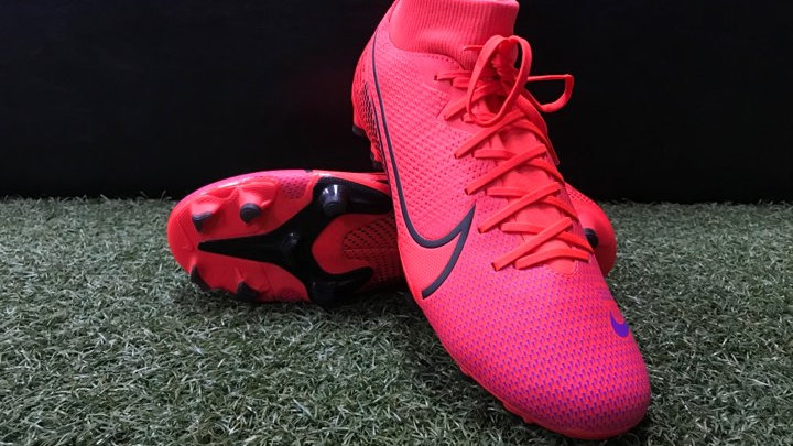 Nike Superfly 7 Academy FG (Laser Crimson/Black)