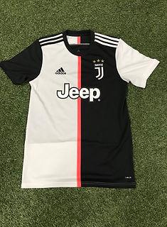 19_20 Juventus Home Jersey.jpg