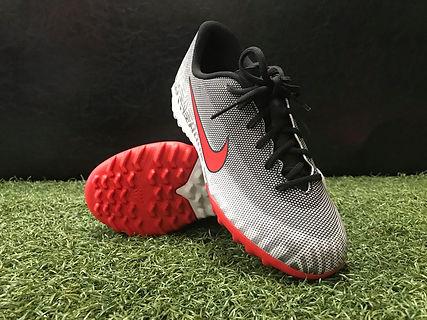 Nike Jr NJR TF (White_Red).jpg