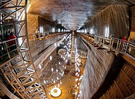 מכרה המלח המפורסם סלינה טורדה 