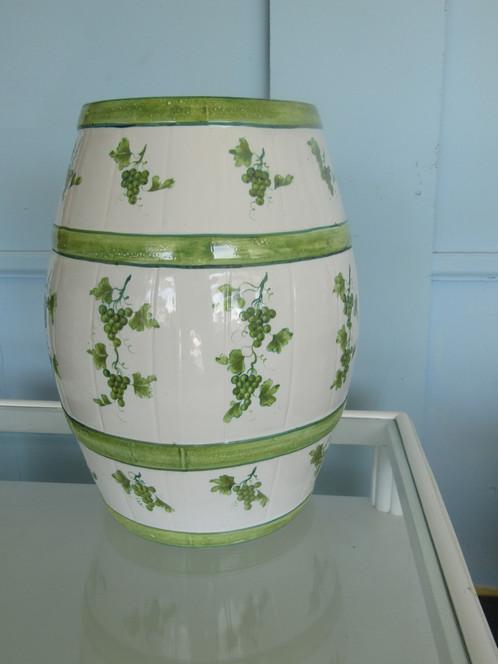 Green Grape Design Ceramic Garden Stool