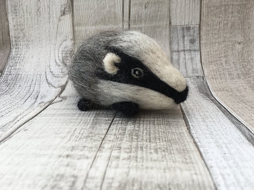 "Beginners ""pebble""Needle Felting Kit - Badger"