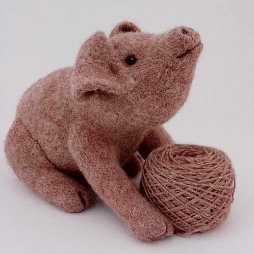 Willow Pig Knitting and Felting Kit