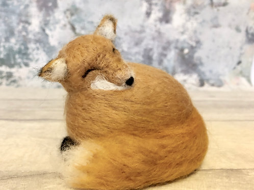 Sleepy Fox Beginners needle felting kit