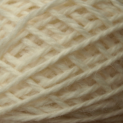 50g Aran yarn cream/off white