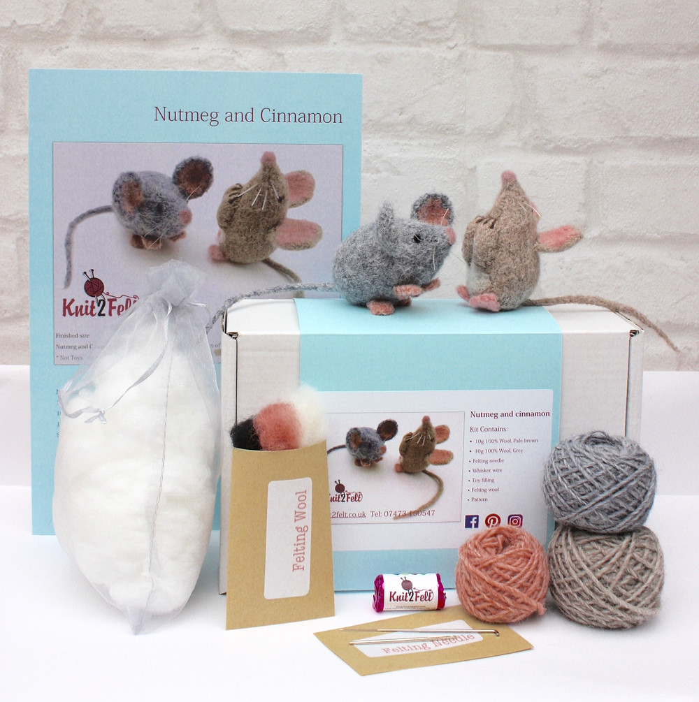 Nutmeg and Cinnamon Knitting Kit
