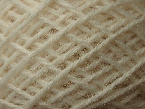 DK yarn Cream / Off white