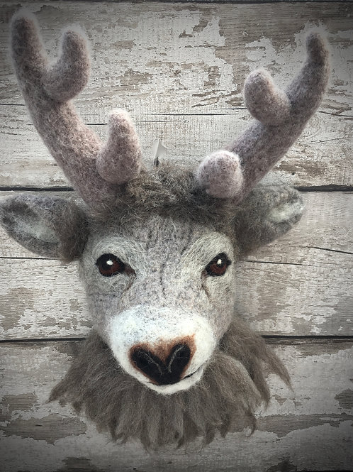 Monty the Stag Wall Hanging Digital Download Pattern