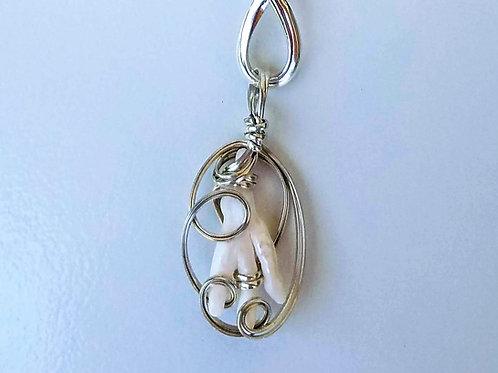 Unique 3 Finger Freshwater Pearl Pendant