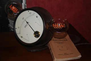 Voltmètre pédagogique