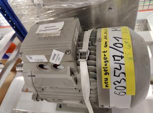 4009087 - SIEMENS MOTOR 1LA7133-4AA60 7,5/8,6 KW