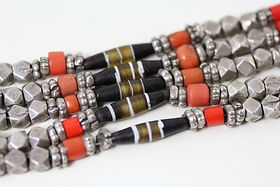 Glass beads imitating coral and etched agate beads