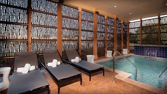 Hotel Pic - Glo - 4.jpg
