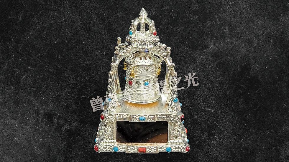 太陽能轉經輪已經在寺院加持