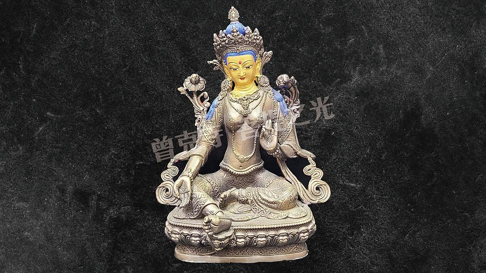 綠度母菩薩銅像已在寺院安藏加持