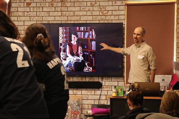 Artist Leigh Hewitt Visits WWCC Art Students