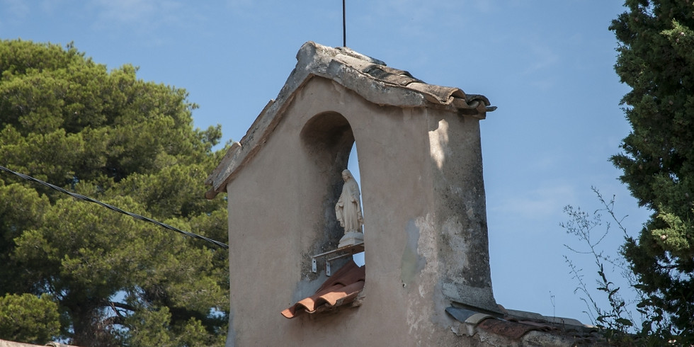 Creative moments in medieval village Biot