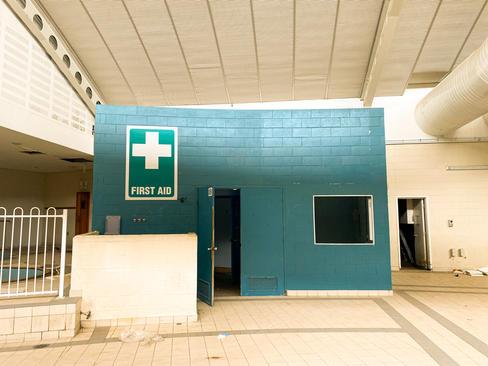 09 - South Lake Leisure Centre & Swimmin