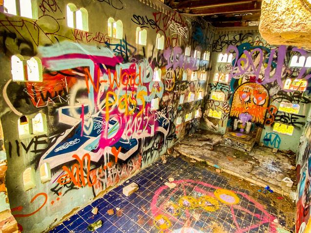 05 - Abandoned Mandurah Castle Fun Park