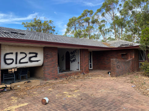 01 - Byford Trashed House