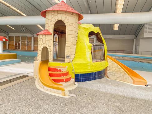 06 - South Lake Leisure Centre & Swimmin