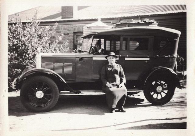 06 - Gun Cars Photos - Old Australian Hi