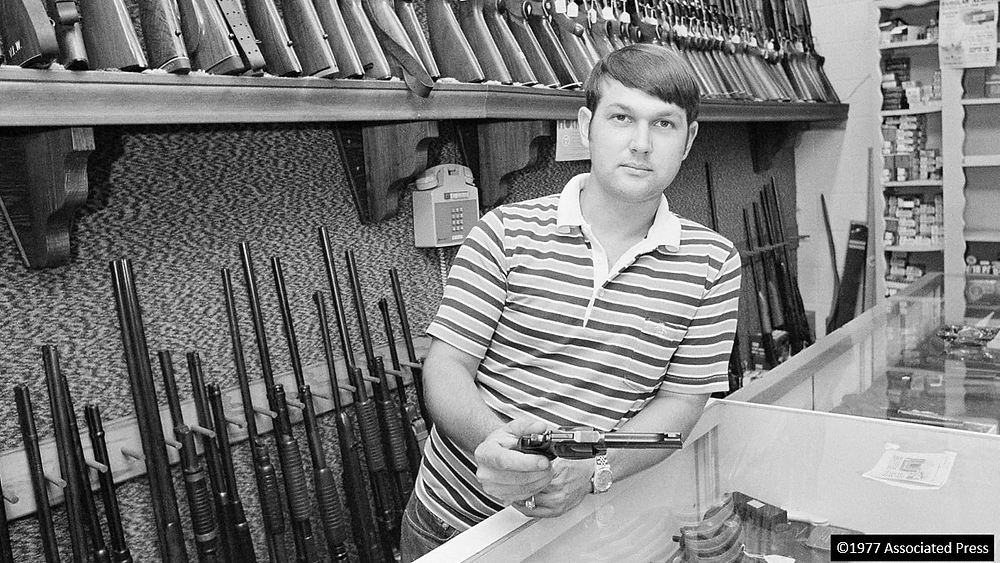 Bill Wheeler manager pawn shop northwest Houston Texas sold David Berkowitz Son of Sam Charter arms 44 Bulldog handgun