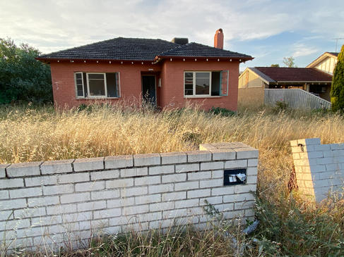 21 - Como House Deceased Estate