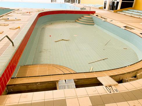 02 - South Lake Leisure Centre & Swimmin
