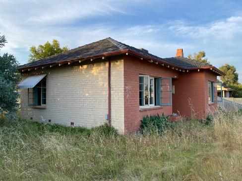20 - Como House Deceased Estate