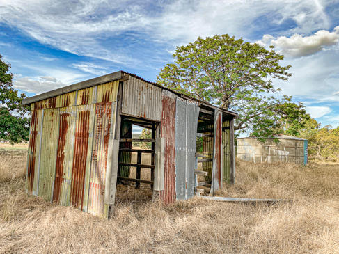 13 - Byford Abandoned Sheds