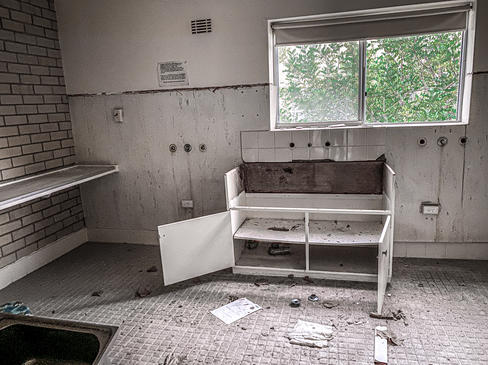 18 - Nedlands REGIS Wyvern Aged Care Apartments