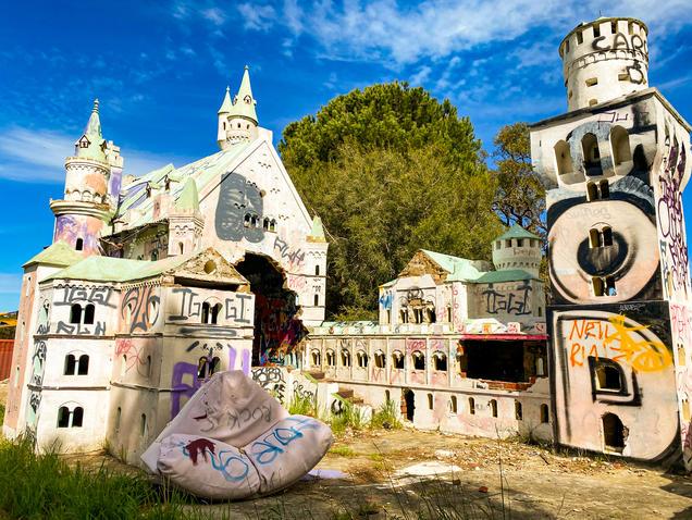 03 - Abandoned Mandurah Castle Fun Park