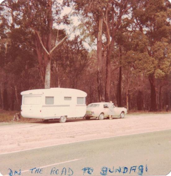 21 - Gun Cars Photos - Old Australian Hi