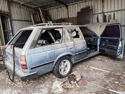 01 - Cockburn Abandoned Sheds