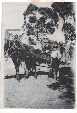 08 - Fremantle Beach Hostel Vintage Phot