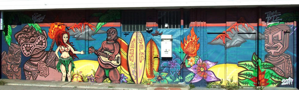 Island Paradise mural by 314design on the wall of Old Lira Pizza