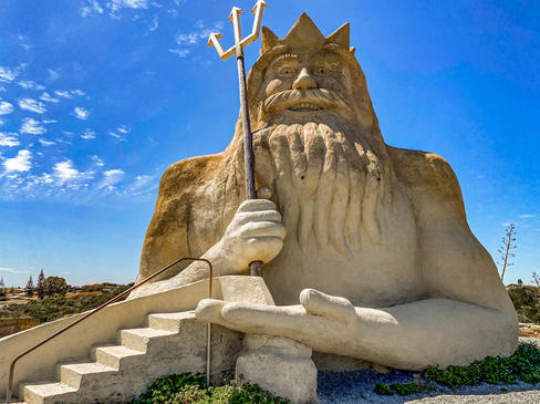 12 - Atlantis Marine Park