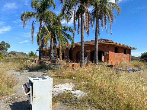 01 - Maddington Ruins