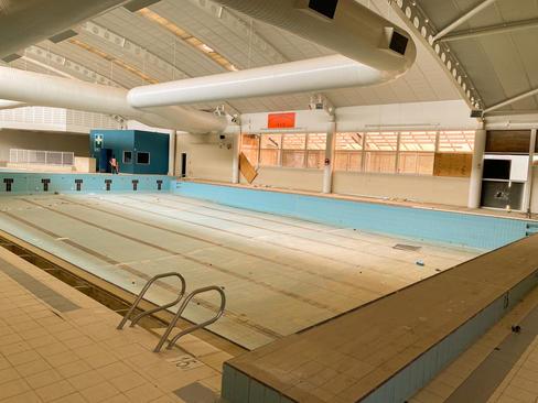14 - South Lake Leisure Centre & Swimmin