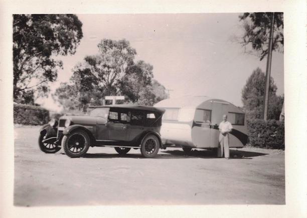 11 - Gun Cars Photos - Old Australian Hi