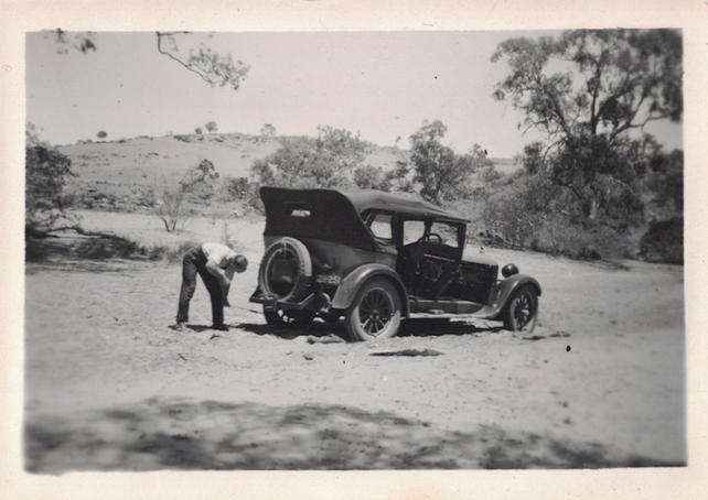 08 - Gun Cars Photos - Old Australian Hi