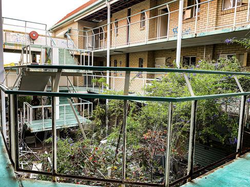 07 - Nedlands REGIS Wyvern Aged Care Apartments